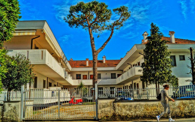 condominium-1333311_1920